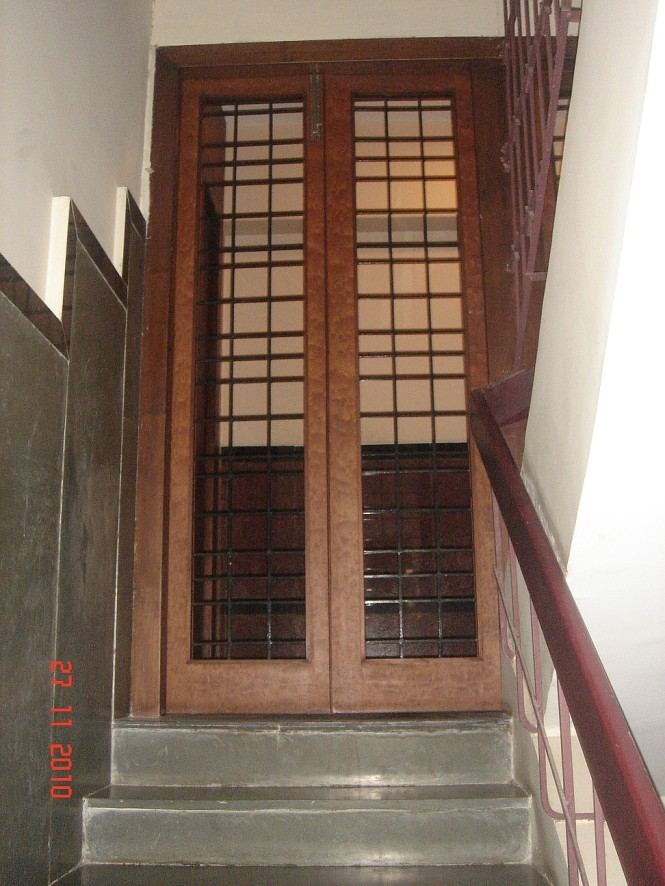 grill door on top of stairs