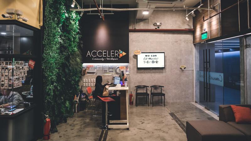 Acceler8 111 Paseo