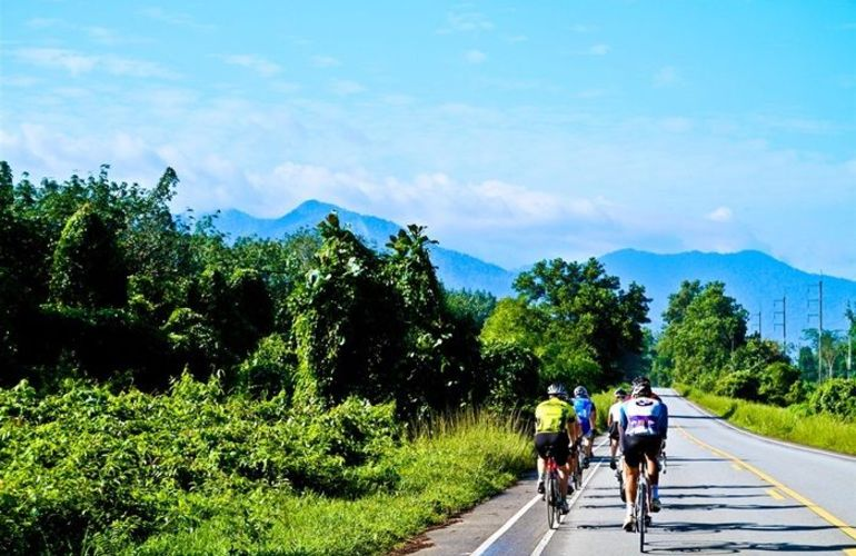 10-Day Biking Adventure in Thailand from Bangkok to Phuket