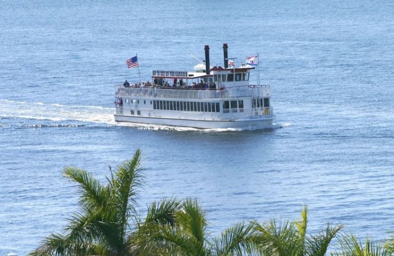 Fort Lauderdale Sightseeing Cruises on the Carrie B
