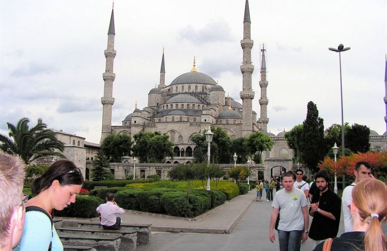Explore the Heart of Eastern Europe from St Petersburg to Istanbul
