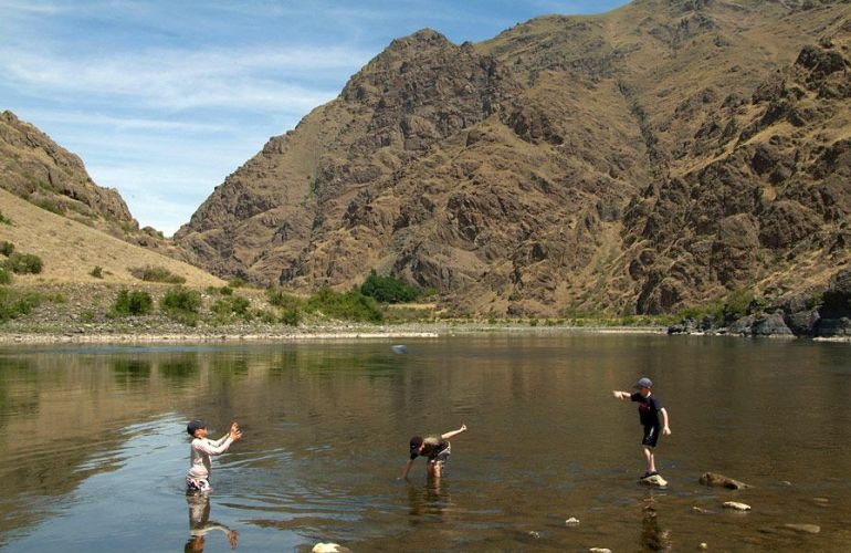 Rafting Adventure on Snake River Through Hells Canyon (5 Days)