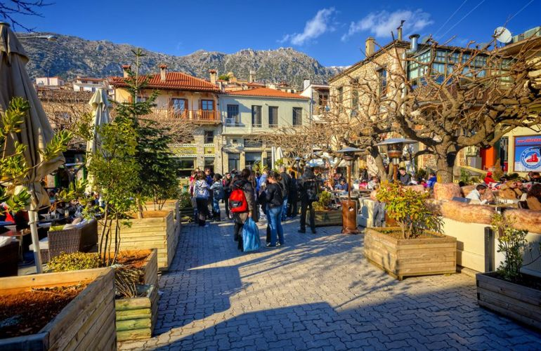 Greece Guided Walking in Delphi, Meteora & the Aegean Coast for 8 Days