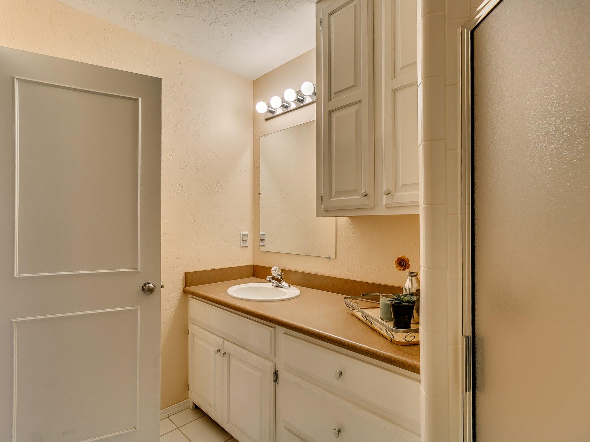 Bathroom Sinks Edmond Ok 1709 chickasha circle edmond ok 73013 arrowhead valley ii | curtis