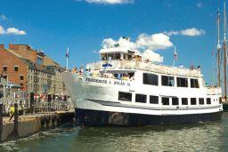 Cruise in Boston