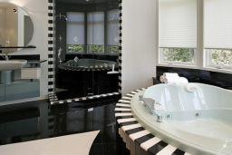 Modern shower tiles