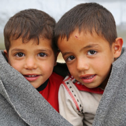 Syriske barn trenger myke pakker