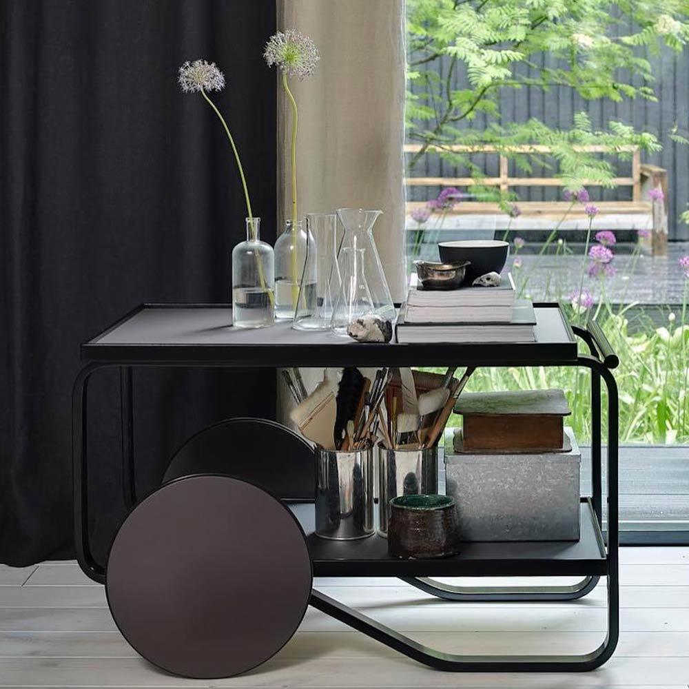 artek servierwagen 901 by hella jongerius amaczy. Black Bedroom Furniture Sets. Home Design Ideas