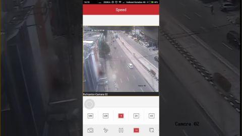 Detik-Detik Gempa 6,4 SR terekam CCTV -  Detik 0:35 ke atas, bagian kiri atas layar