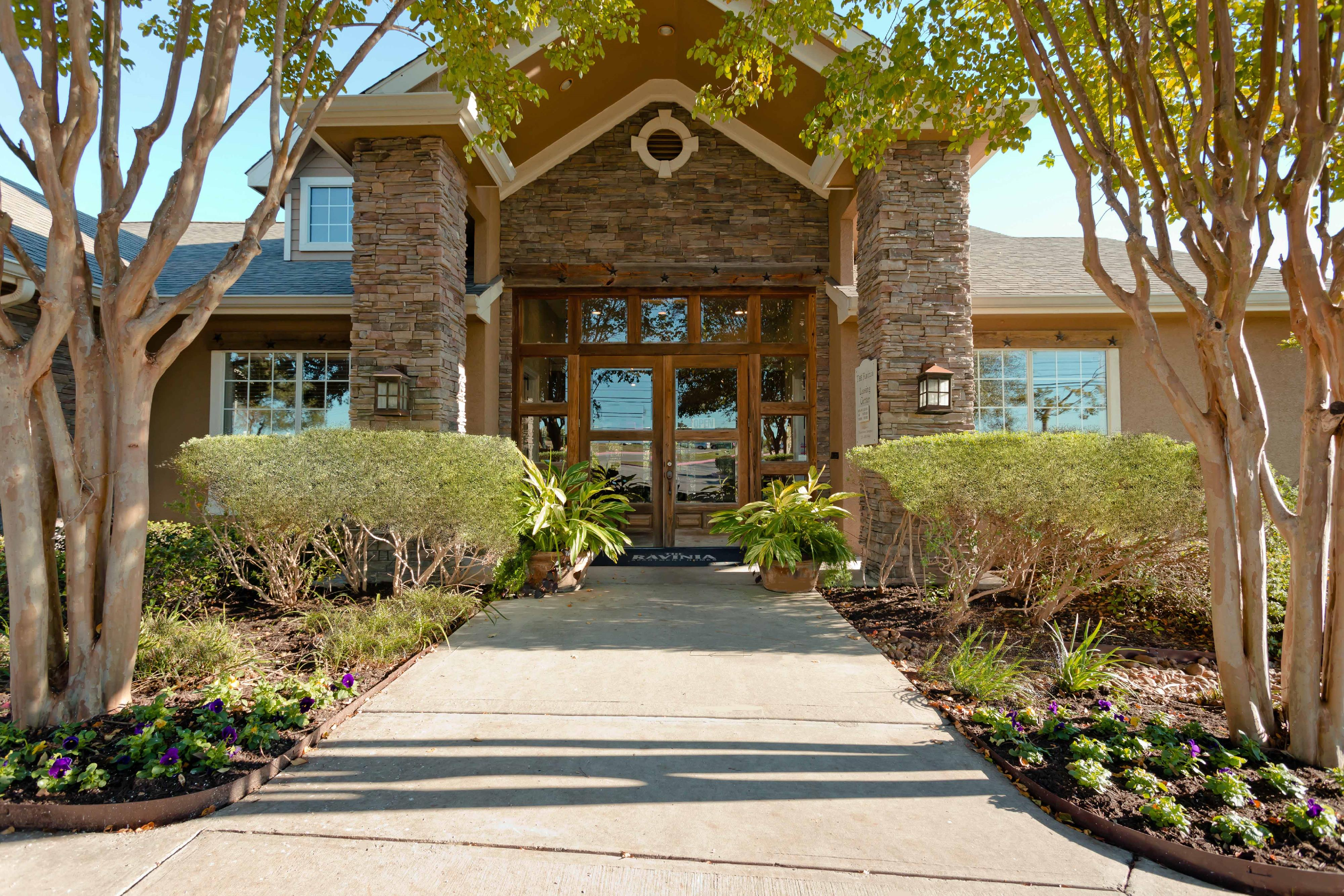 Apartments and houses for rent near me in stone oak tx for Stone house apartment san antonio