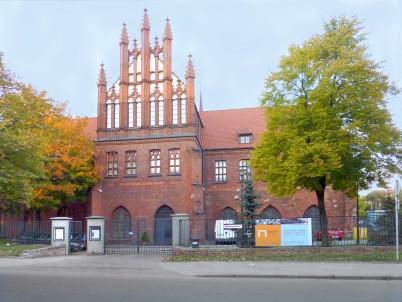 Národní muzeum - https://commons.wikimedia.org/wiki/File:Muzeum_Narodowe_Gdansk_01.jpg