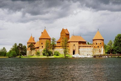 hrad Trakai - https://www.flickr.com/photos/paracon/5083765876/