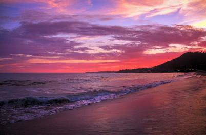 Západ slunce v Malibu - https://www.flickr.com/photos/44461337@N06/6085613863/in/set-72157627541543640