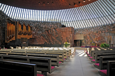 Kostel Temppeliaukio - https://www.flickr.com/photos/22490717@N02/4039341787/