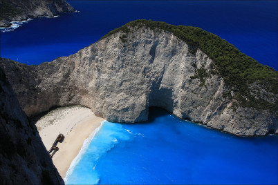 pláž Navagio - https://www.flickr.com/photos/imagea/11193734874/