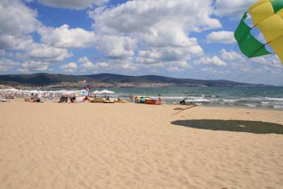 Slunečné pobřeží - https://www.flickr.com/photos/29410084@N07/2881194909/