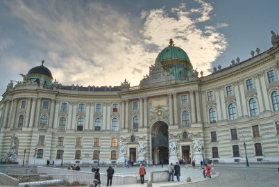 Hofburg - https://www.flickr.com/photos/_travisbickle/2830440503/