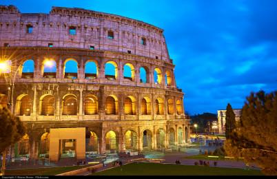 Koloseum - https://www.flickr.com/photos/aigle_dore/8609333271