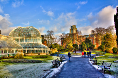 Botanic Garden, Belfast. - https://www.flickr.com/photos/safatopal/5393641857