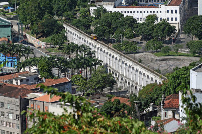 Arcos da Lapa do Santa Teresa - https://commons.wikimedia.org/wiki/File:Arcos_lapa_visto_santa_teresa.jpg