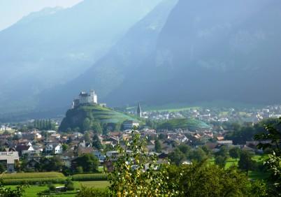 Hrad Gutenberg - https://commons.wikimedia.org/wiki/File:Burg_Gutenberg_-_Balzers-_Liechtenstein.jpg