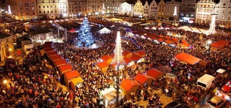 Plzeňské vánoční trhy na náměstí Republiky