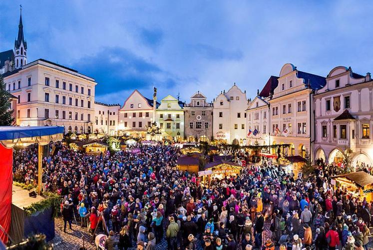 1. adventní neděle - rozsvícení vánočního stromu, Český Krumlov 27.11.2016