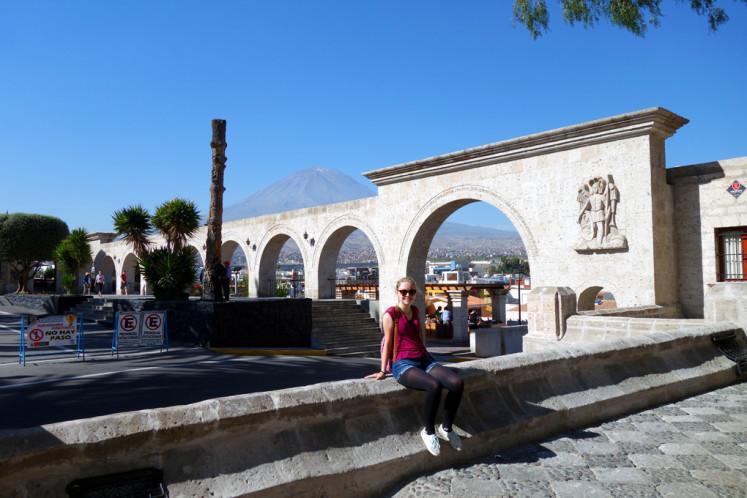 Yanahuara s výhledem na El Misti v Arequipě
