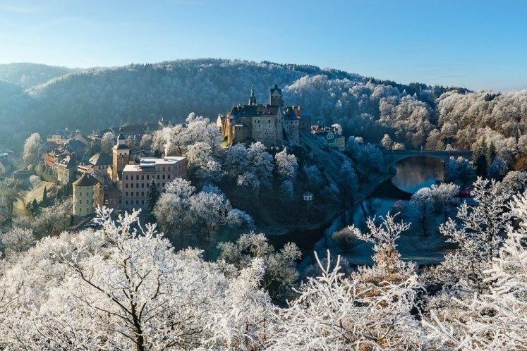 Krušnohorské vánoční trhy - adventní čas na hradě Loket i v podhradí