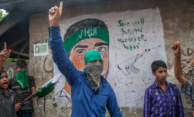 Anti-India protests continue In Kashmir , Death Toll Mounts to 71