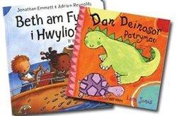 'Dan Deinosor' a 'Beth Am Fynd i Hwylio?' – llyfrau Blwch Straeon dwyieithog