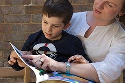 We need parents reading at home with children, say UK teachers