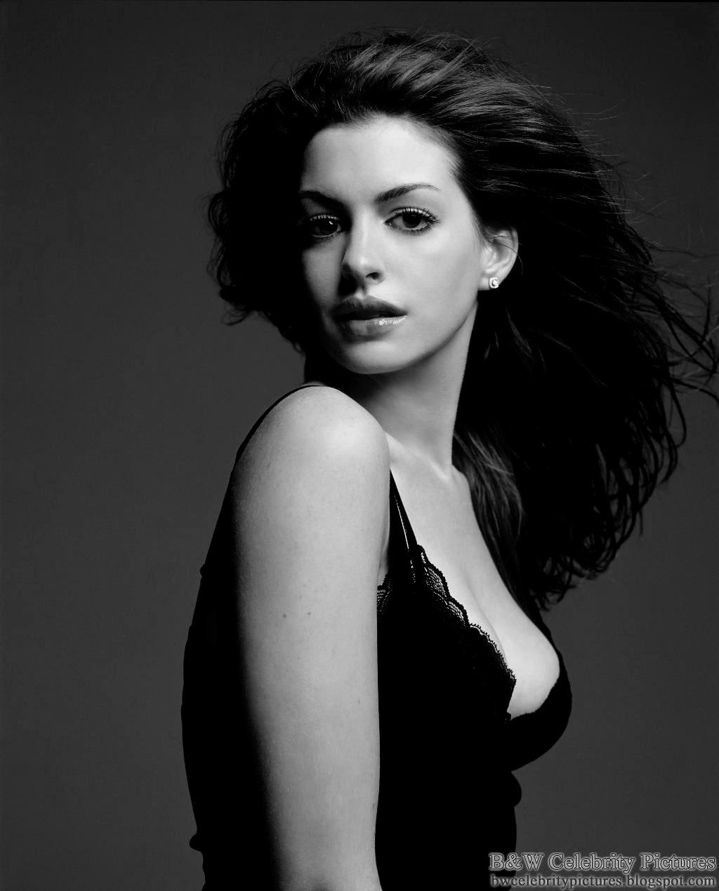 anne-hathaway-05-vanity-fair-black-white_pgmii8.jpg