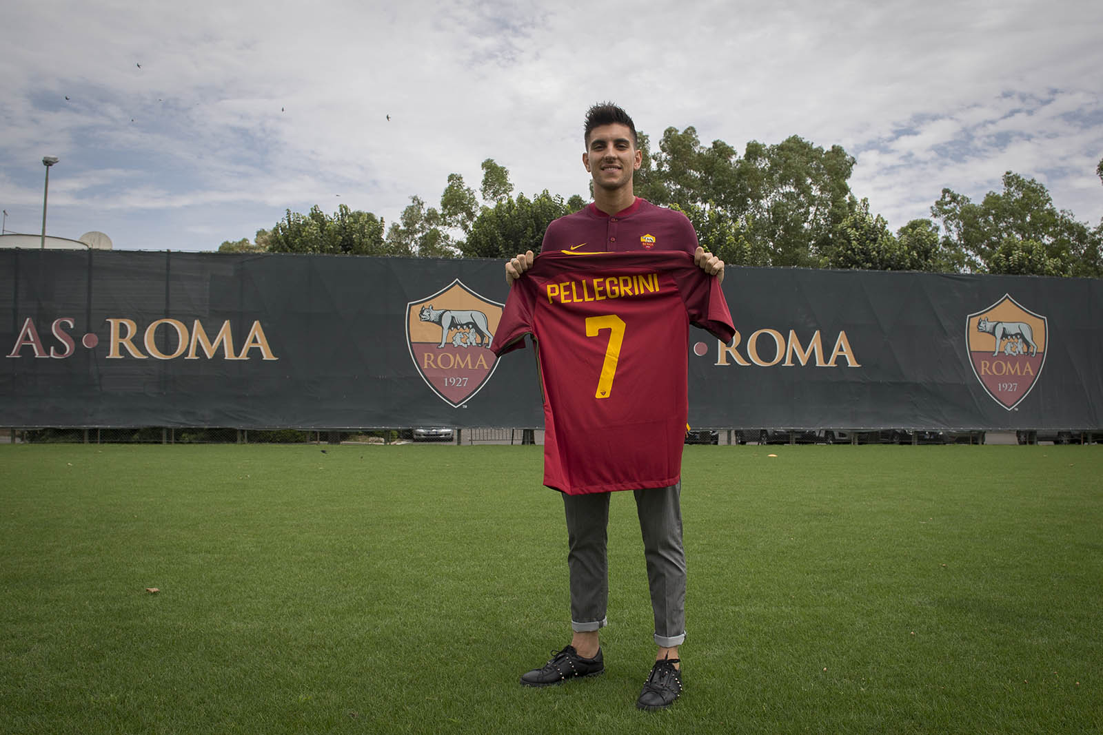 http://res.cloudinary.com/as-roma-turbine-production/image/upload/v1/asroma-uat/avqsl9bkxrt3xz3bdkbh