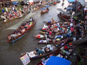 Amphawa floating market, Samut Songkram, Thailand