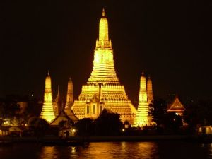 Temple of the Dawn – Wat Arun – Bangkok, Thailand