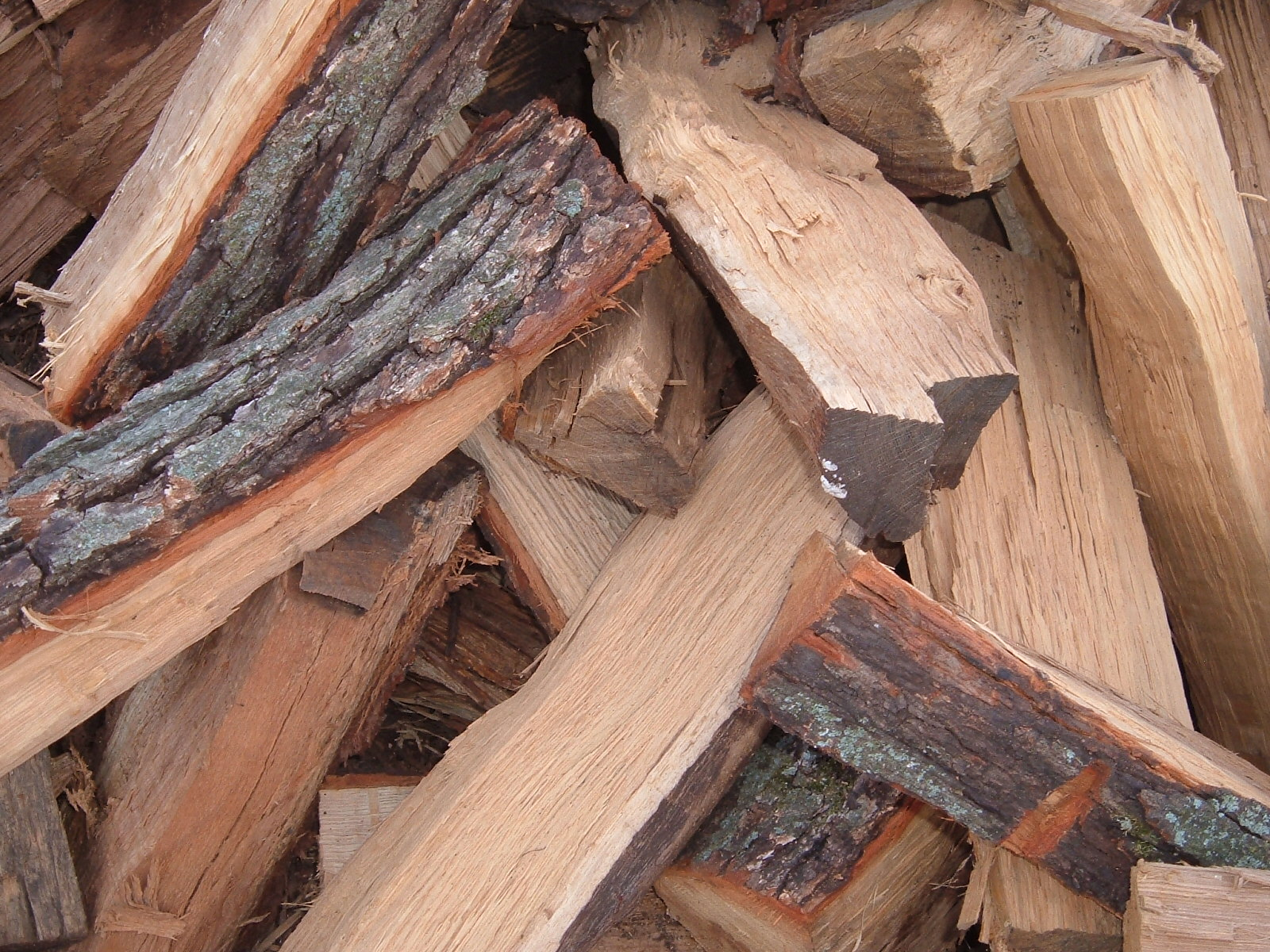 Pine Firewood - Busy Axe