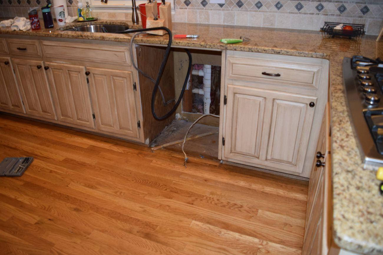 Installing the KitchenAid KDTE204ESS Dishwasher - DIY Idiot