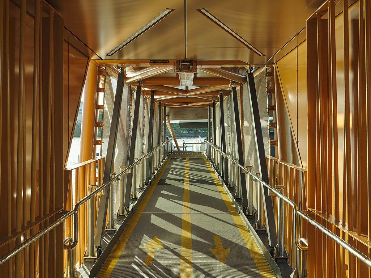 Brisbane Ferry Terminals, Walkway