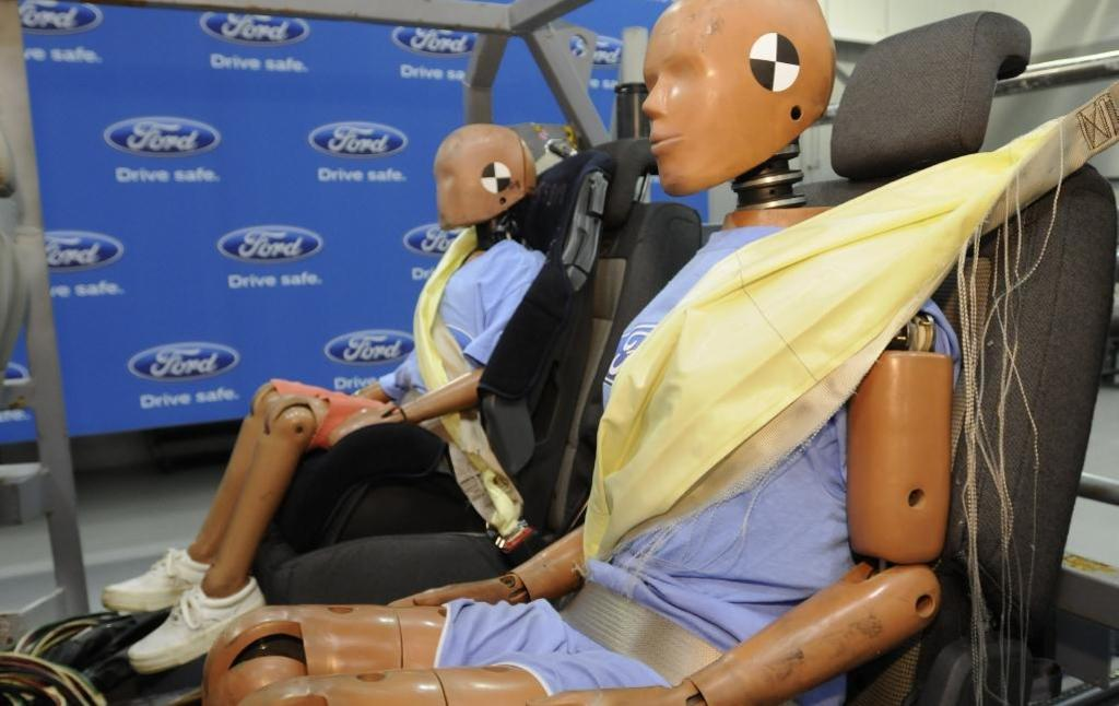 Car Seat Belts Introduced
