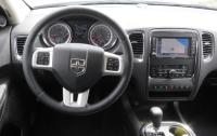 2012 Dodge Durango - steering wheel & instrument panel.JPG