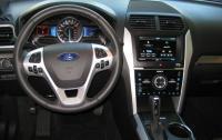 2013 Ford Explorer Sport - steering wheel and instrument panel.JPG