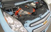 2014 Chevrolet Spark EV - Underhood.jpg