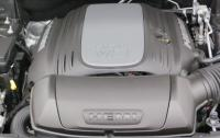 2014 Dodge Durago - engine cover.JPG