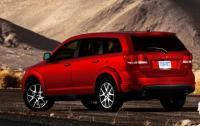 2013 Dodge Journey - rear 3/4 view.jpg