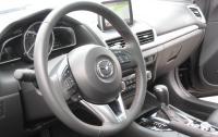 2014 Mazda3 - steering wheel.JPG