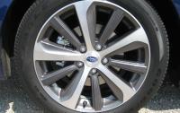 2015 Subaru Legacy - front wheel detail.JPG