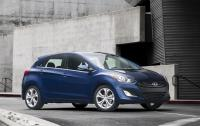 2013 Hyundai Elantra GT - Front.jpg