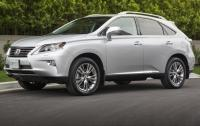 2013 Lexus RX450h - side 3/4 view.jpg