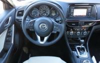2014 Mazda6 - steering wheel and instrument panel.jpg